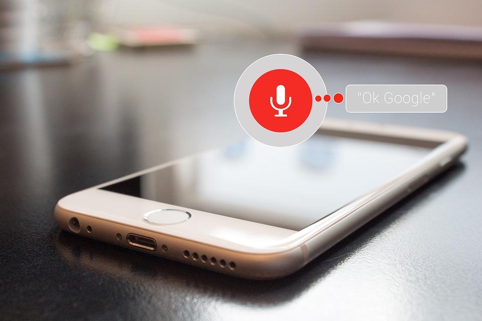 Come rendere il tuo sito web adatto alle ricerche vocali