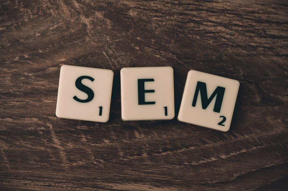 SEO o Adwords? Su cosa puntare per valorizzare il vostro sito web?