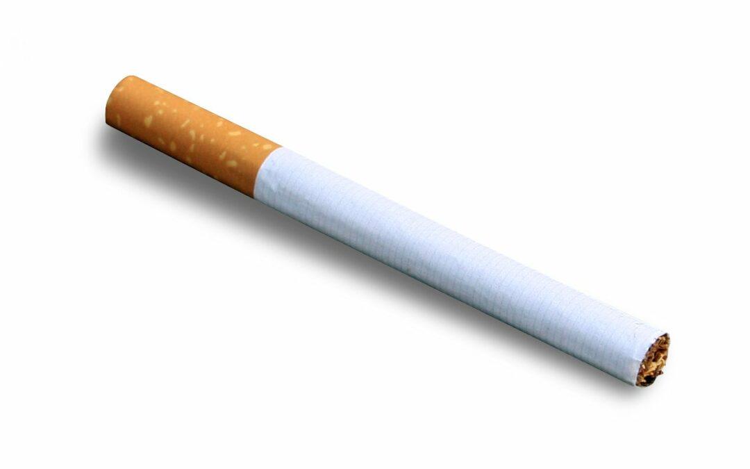 Superare la dipendenza dal fumo con l'aiuto dei social